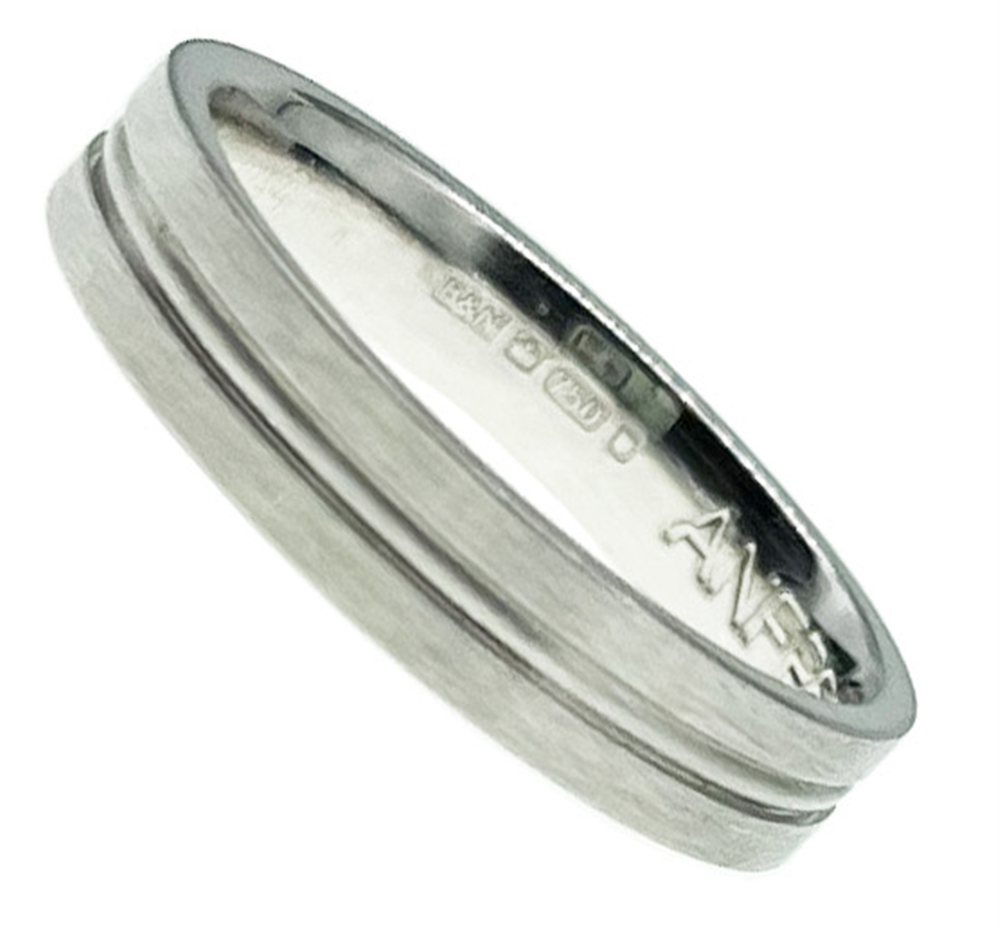 18ct White Gold Wedding Band Ring