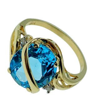 9ct Yellow Gold Ring Diamond & Topaz Ring