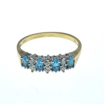 9ct Yellow Gold Ring With Aquamarine & CZ Stones