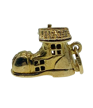 9ct Yellow Gold Lady In The Boot Charm