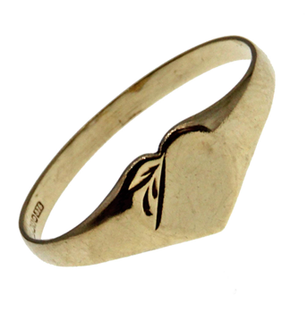 9ct Yellow Gold Heart Shape Signet Ring