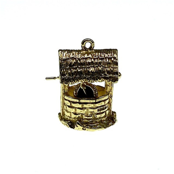 9ct Yellow Gold 'Bucket in Well Charm'