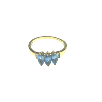 18ct Yellow Gold Ring With Blue Topaz