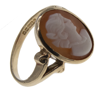 9ct Vintage Yellow Gold Cameo Ring