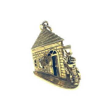 9ct Yellow Gold Drunk Man In The Street Charm
