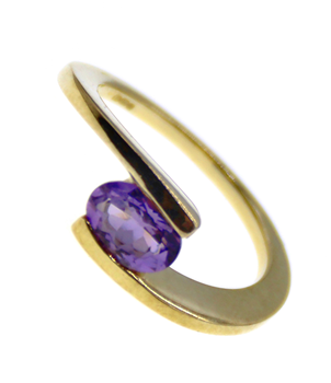 9ct Yellow Gold Amethyst Crossover Ring